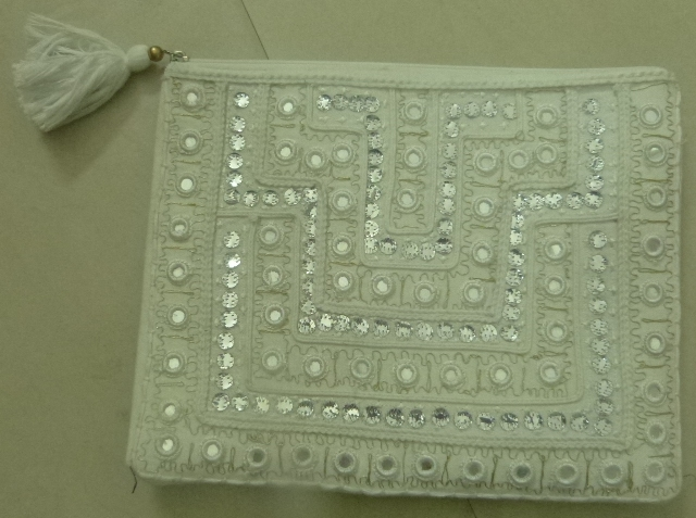 COTTON CLUTCH BAG EMROIDERY